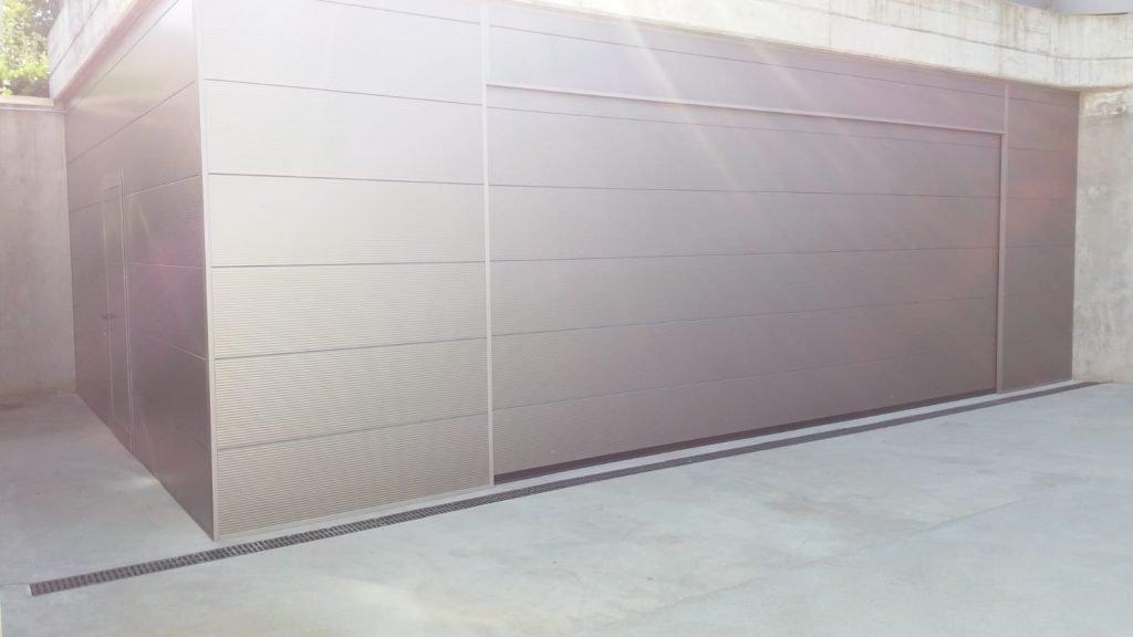 Porta sezionale in metallo - Ferrari Porte